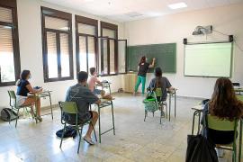 Los docentes de Ibiza se sienten «engañados» y «despreciados» por Educació