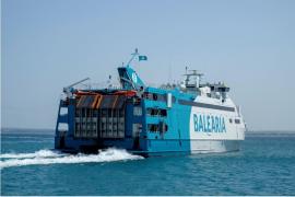 Baleària realiza siete servicios diarios entre Ibiza-Formentera para pasajeros