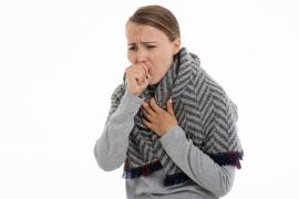¿Cuánto tarda en evaporarse la Covid-19 cuando alguien infectado tose?