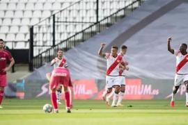 El Rayo se acerca al 'playoff' en el primer partido en España tras la pandemia