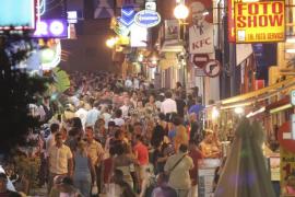 El número de turistas británicos arrestados en Eivissa aumenta un 30% en sólo un año