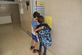 Los enfermeros piden colaborar con los colegios para detectar contagios