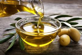 Los productores de aceite de Ibiza están preocupados por el uso de monodosis en restaurantes