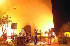 Formentera llenará de música sus plazas durante todo el verano