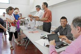 Los 'serristas' no ven polémica en el cambio del reglamento para que Serra sea presidente