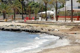 Hoteleros de ses Figueretes critican a Vila por la falta de mantenimiento de la playa