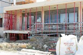 Los vecinos de los Don Pepe creen que los apartamentos no están «fuera de ordenación»
