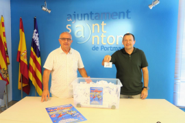 El Ayuntamiento de Sant Antoni y la Asociación de Comerciantes sortean los 15 premios de la campaña 'El Empujón'