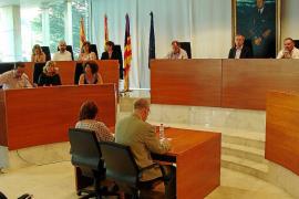 El Consell aprueba un nuevo crédito por 334.000 euros entre críticas de PSOE-Pacte