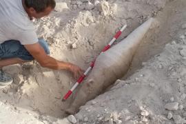 El descubrimiento del ánfora púnica de 2.000 años en Ses Salines, en imágenes