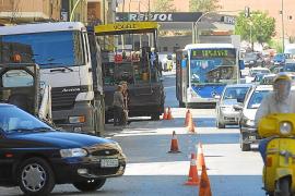 Cort pagará 18.000 euros por una caída por culpa de un socavón en Pascual Ribot