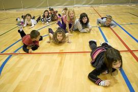 La Sindicatura de Comptes investiga los ingresos extra de los colegios concertados