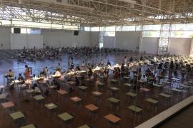 La selectividad se inicia en Baleares con más alumnos inscritos y más espacios habilitados