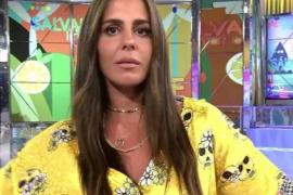 Anabel Pantoja vuelve a tener un descuido y deja ver un pezón en directo