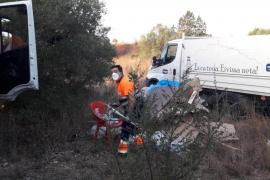 El Ayuntamiento de Vila desmantela un asentamiento ilegal en Can Escandell