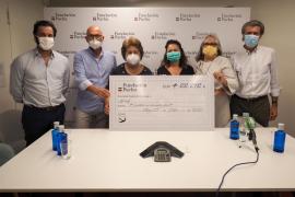 APNEEF recauda 22.212 euros con el calendario solidario de Pacha