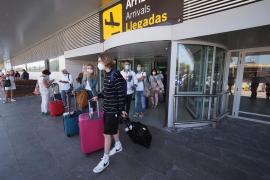El aeropuerto de Ibiza prevé para este fin de semana 383 vuelos de llegada y salida