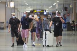 Ibiza vuelve a recibir turistas ingleses