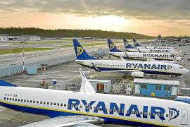 La aerolínea Ryanair dobla su programación de vuelos a Ibiza en agosto