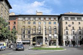 Vox se opone a renombrar la plaza Juan Carlos I y PP y Cs lo ven una «ocurrencia»
