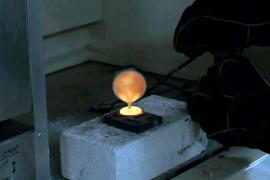 Desarrollan un método para reciclar aparatos electrónicos y extraer de ellos metales preciosos