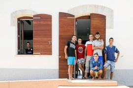 Fin de la cuarentena para los inmigrantes aislados en Sa Casilla