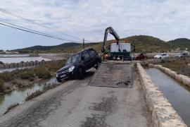 Jornada accidentada en la carretera de ses Salines