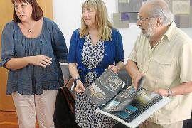 Josep Maria Subirà cede a Vila una colección de 100 postales de Eivissa realizadas por él