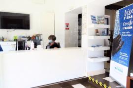 La Oficina de Turismo de Sant Antoni retoma su actividad adaptada a las medidas de seguridad sanitarias