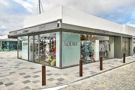 Loewe inaugura su boutique de temporada en Ibiza