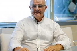 Joan Torres asegura que si el Consell no regula los 'beach clubs' lo hará Sant Antoni