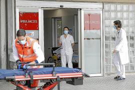 Un trabajador autónomo origina en Palma un brote con un hospitalizado y 30 aislamientos