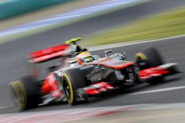 Hamilton vuela en Hungría para conseguir la 'pole'