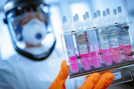 La OMS cree que la vacuna contra la COVID-19 podría estar disponible a mediados de 2021