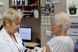 ¿Qué vacunas se ponen con más de 65 años?