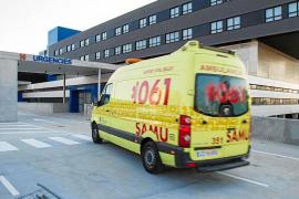 Trabajadores de ambulancias exigen a Salud el incremento de recursos en Ibiza