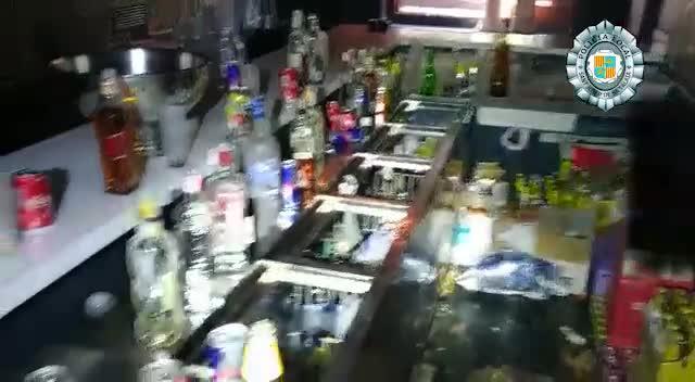 La Policía Local de Sant Josep desmantela una fiesta con un centenar de personas en Casa Lola