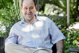 CAEB Pitiusas defiende la importancia de que las empresas lleguen «vivas» a 2021