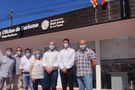 Sant Josep recupera la atención presencial en sus tres oficinas de información turística