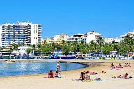 Las playas de Sant Antoni ya lucen el distintivo 'Safe Tourism'