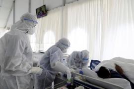 La pandemia de coronavirus bate su récord diario con 282.700 casos y se supera los 633.000 muertos