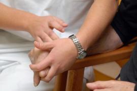 La demanda de asistencia a domicilio se dispara y exigirá más servicios profesionalizados