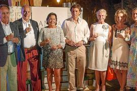 Cena de Anna de Codorniu en el village de la Copa del Rey