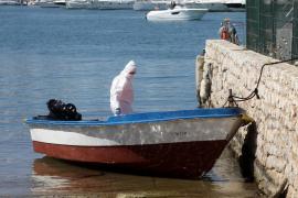 Los seis inmigrantes llegados en patera a Ibiza dan negativo en las pruebas PCR