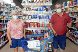 Santa Gertrudis, un pueblo unido para recoger comida para los más necesitados