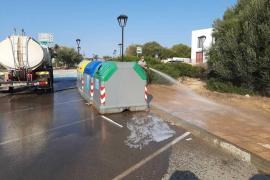Formentera realiza un plan de choque de limpieza de las zonas urbanas