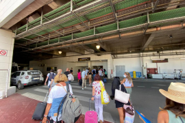 El Govern trabaja en un protocolo para controlar a los viajeros de los países más afectados por la COVID