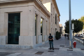 El presidente de la Autoritat Portuària no se plantea dimitir del cargo por ahora