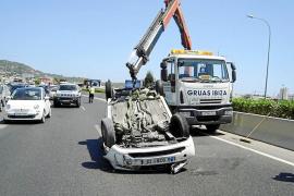 Cuatro heridos, uno de gravedad, en un accidente de quad en Cala Jondal