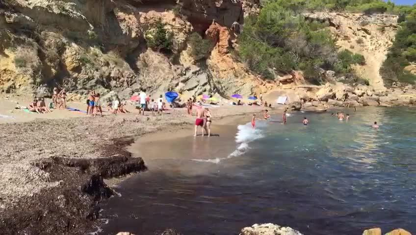 La ola de calor asfixia a las Pitiusas